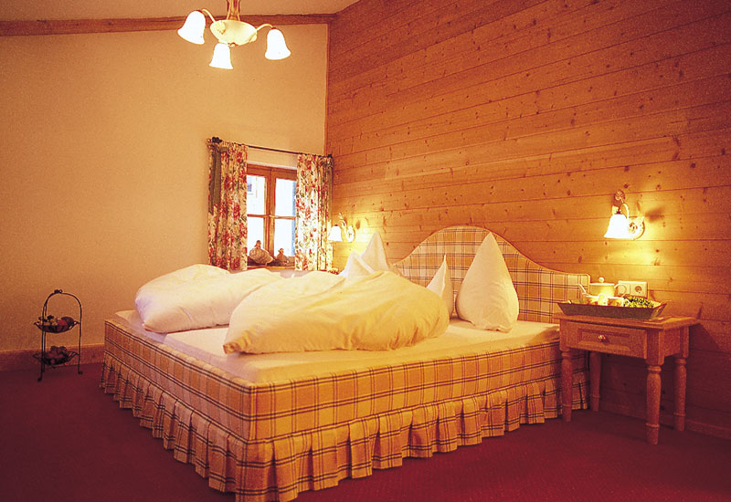 Chalet - Hotel Gletscherblick - St. Anton Schlafzimmer Chalet