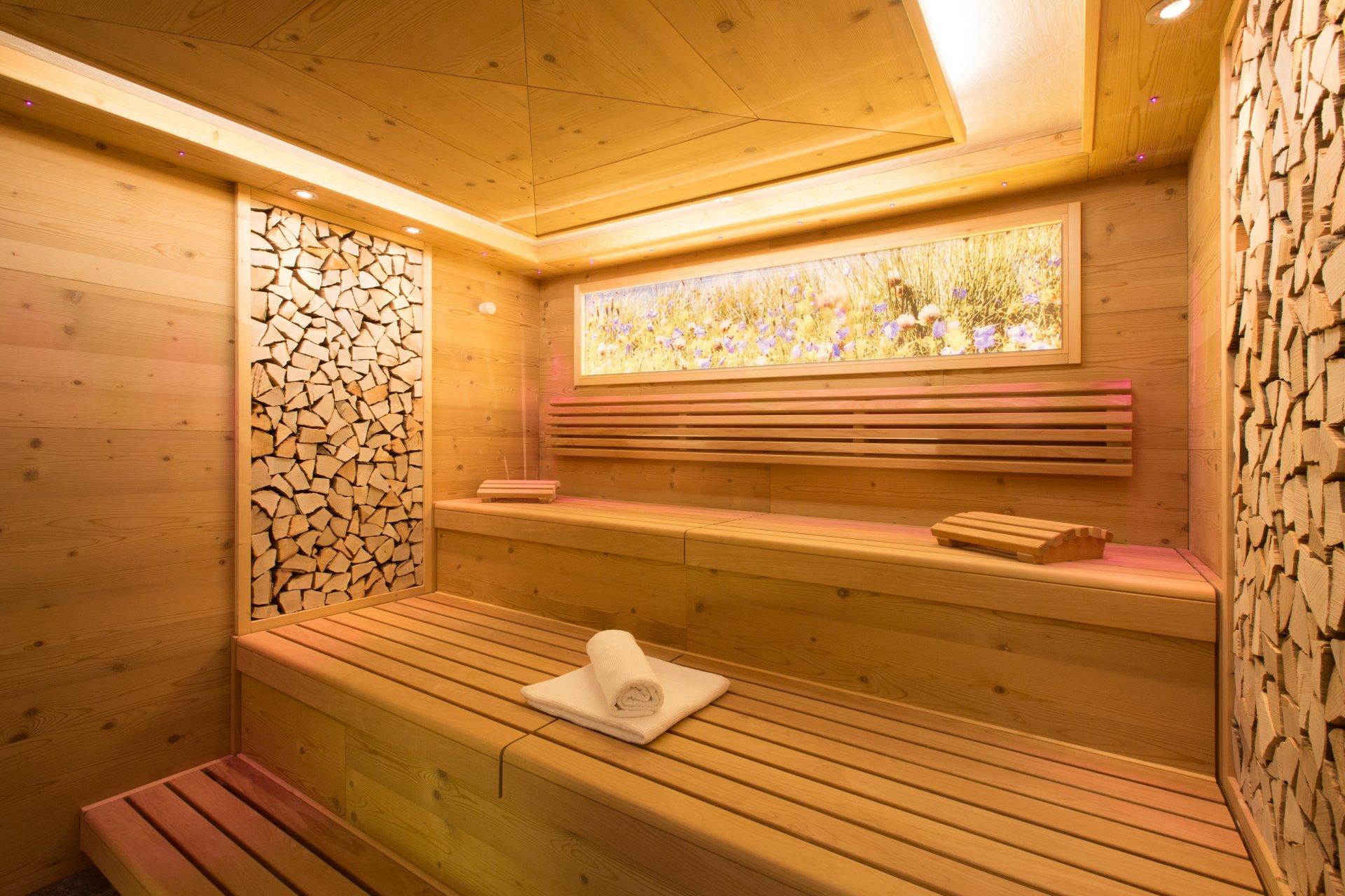 exklusiver wellnessurlaub in st anton am arlberg. Black Bedroom Furniture Sets. Home Design Ideas